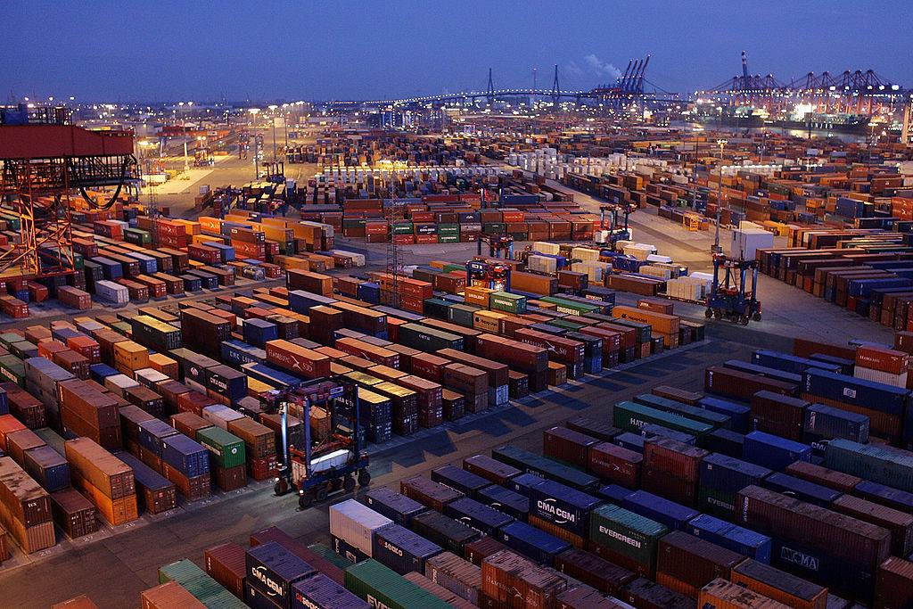 Importpreise verzeichnen größten Anstieg seit der zweiten Ölkrise 1981