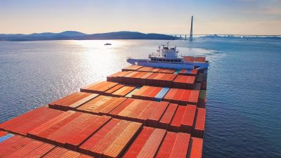 Studie: China setzt deutsche Exportwirtschaft in Europa unter Druck
