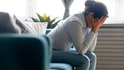 Wie das Festhalten an Gefühlen den Verstand versklaven kann