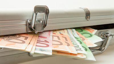 Mitarbeiterin von Bremer Geldtransportfirma stiehlt mehrere Millionen Euro