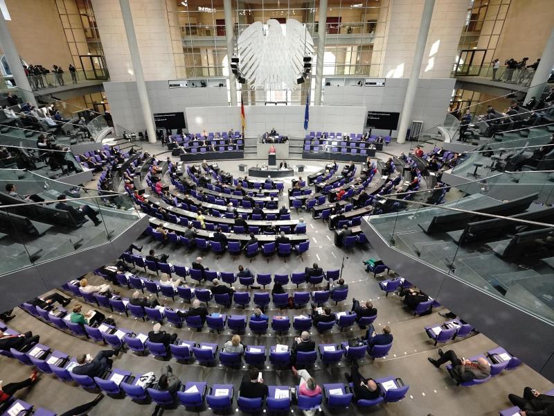 GroKo plant Bundestagssondersitzung wegen Corona-Testpflicht