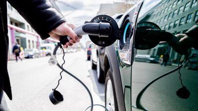 Kostspieliger Klima-Effekt: Vorfahrt der E-Mobilität vom Staat teuer erkauft