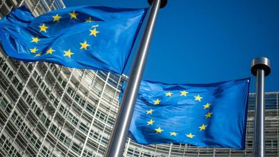 """Grenzabgabe, Kerosinsteuer, Ende des Verbrennungsmotors – Brüssel legt """"Klimaschutz""""-Plan vor"""