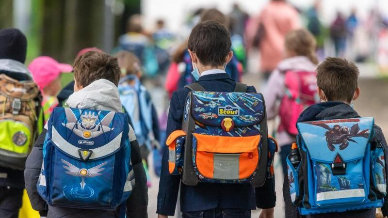 Studie: Schüler wollen wieder Präsenzunterricht