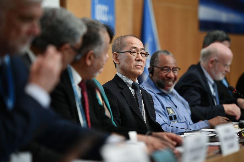 """6. IPCC Klimabericht: Umweltministerium fordert Grundgesetzänderung – AfD spricht von """"Panikmache"""""""