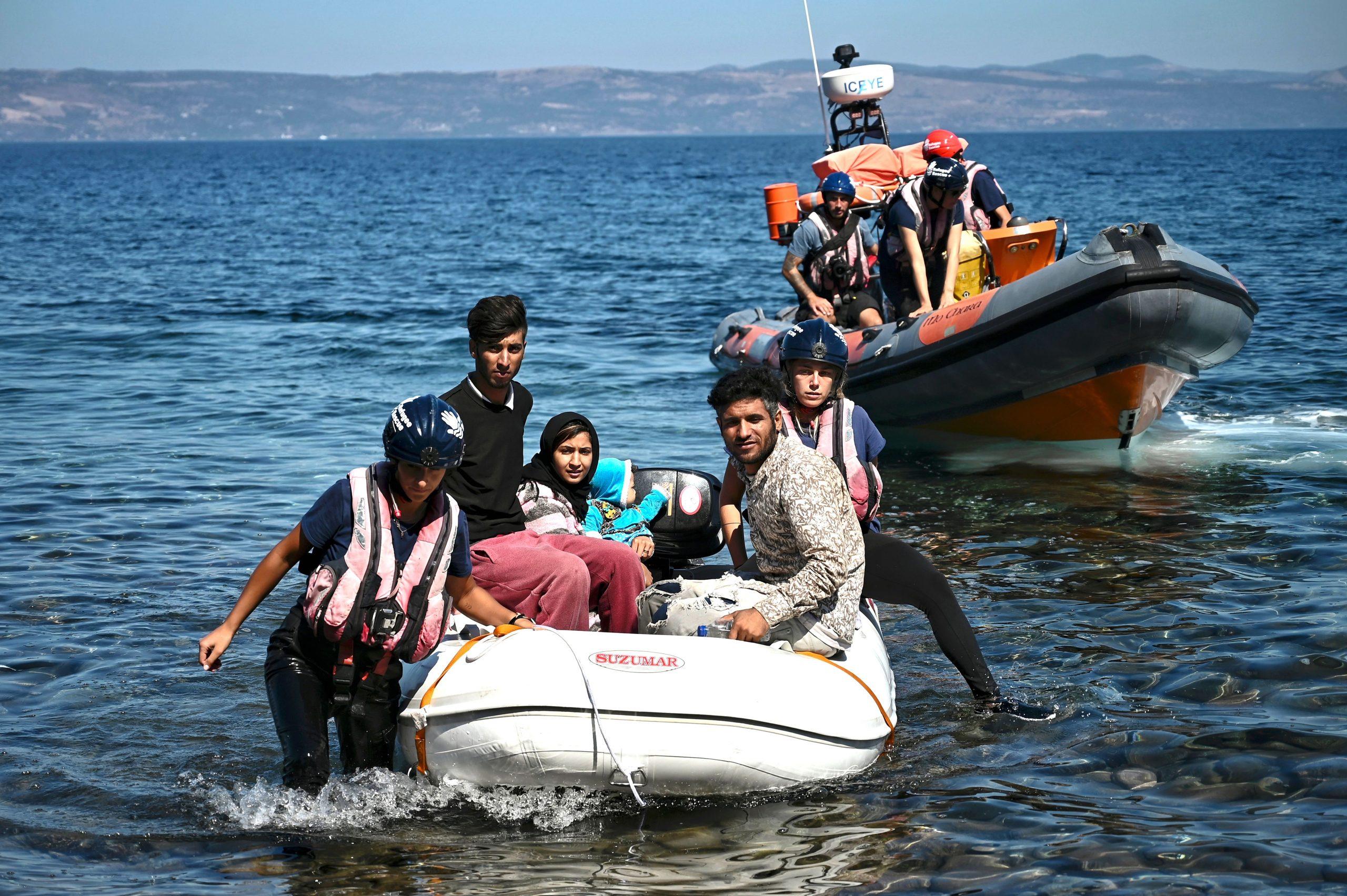 Pushbacks durch Spezialeinheiten verhindern Einreise von Migranten