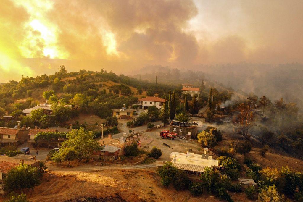 Neue Waldbrände in Griechenland und Türkei – teils Brandstifter am Werk