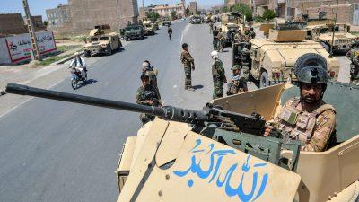 Erneut Kämpfe in Afghanistan: Taliban haben weite Teile des Landes erobert