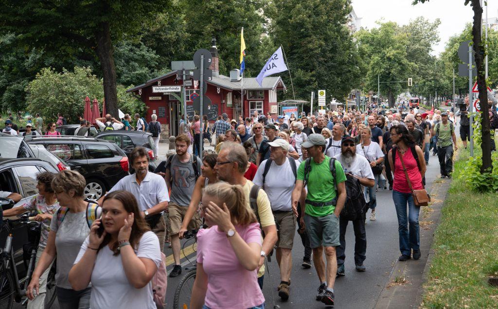 Tausende Demonstranten in Berlin – rund 500 Festnahmen
