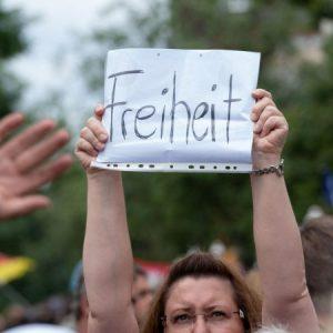Berlin: Todesfall und Gewalt bei Corona-Demo – UN-Sonderberichterstatter bittet um Informationen