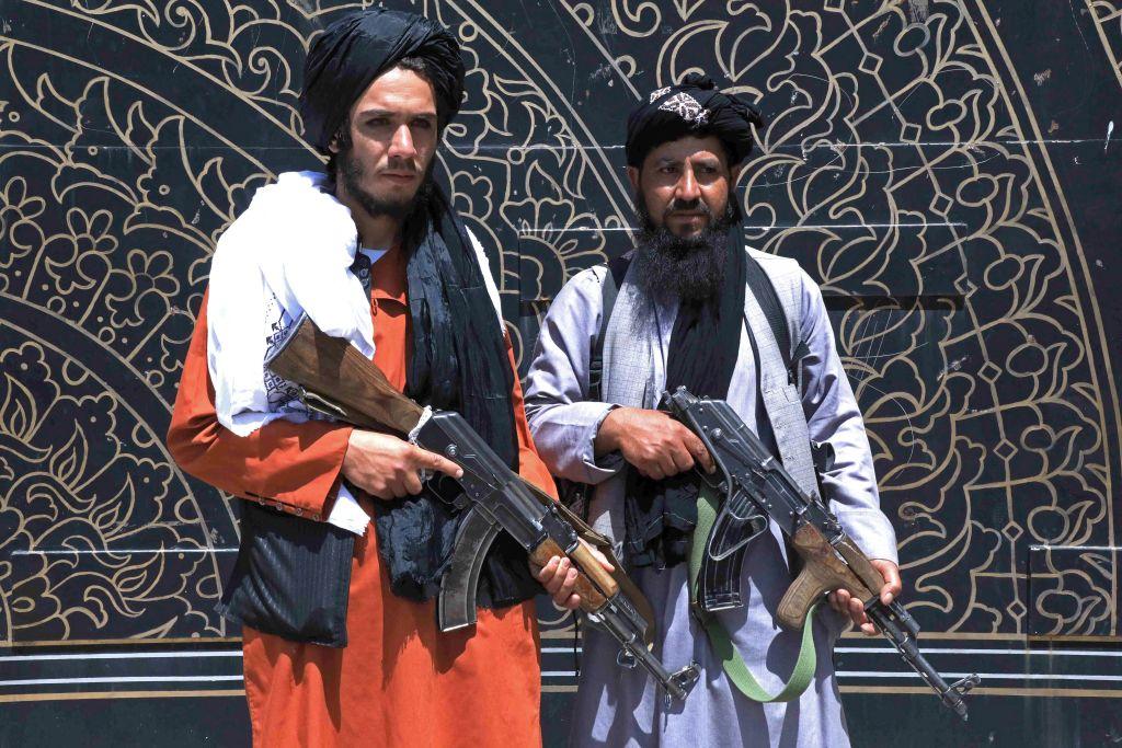Taliban nehmen vorletzte große Stadt Afghanistans ein – SPD-Verteidigungspolitikerin fordert Eingreifen