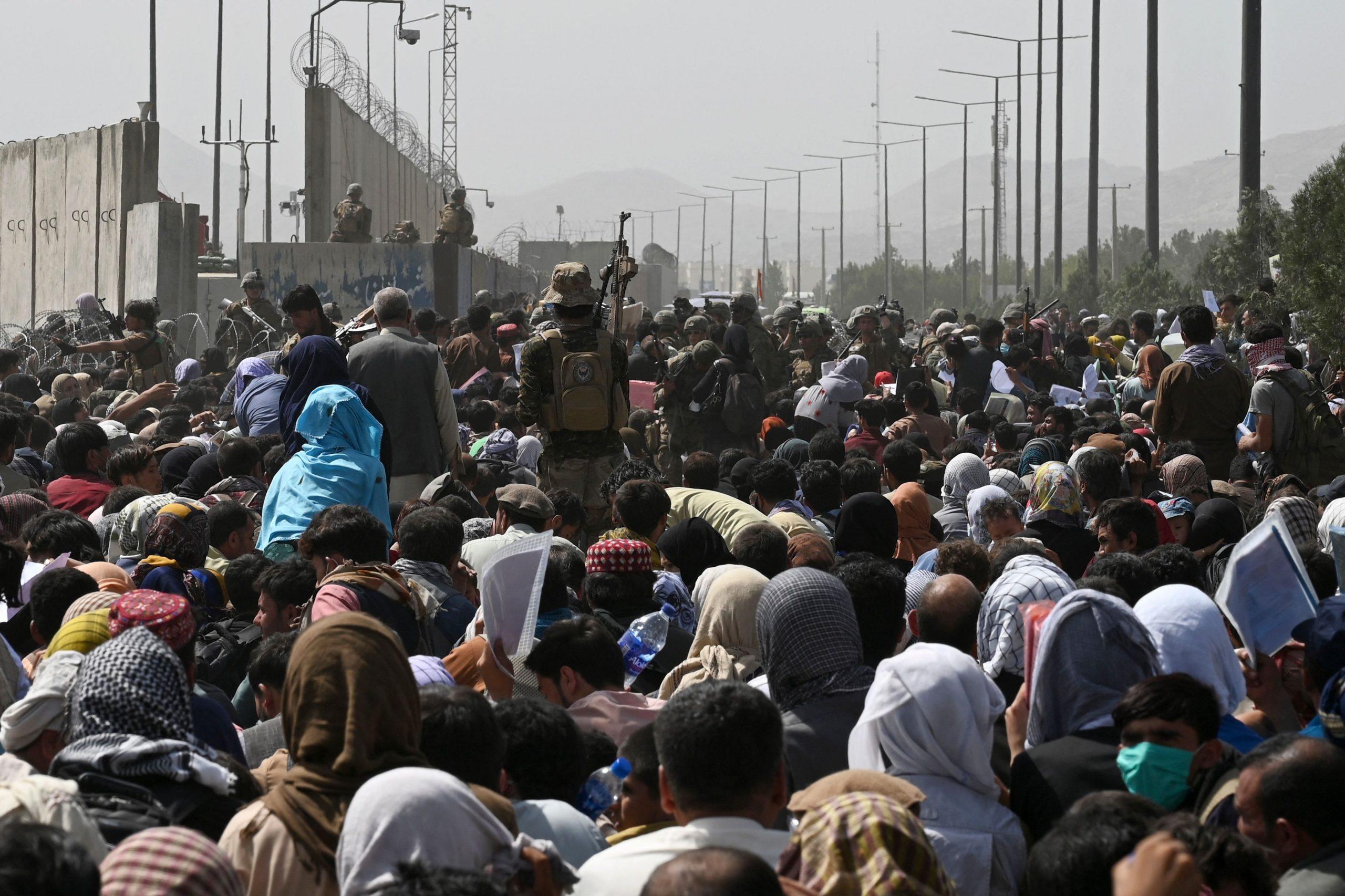 Sieben Tote bei Gedränge vor Flughafen Kabul