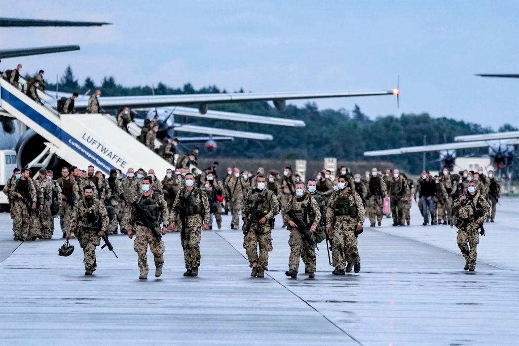 """Merkel lobt Einsatz der Bundeswehr in Kabul als """"heldenhaft"""""""