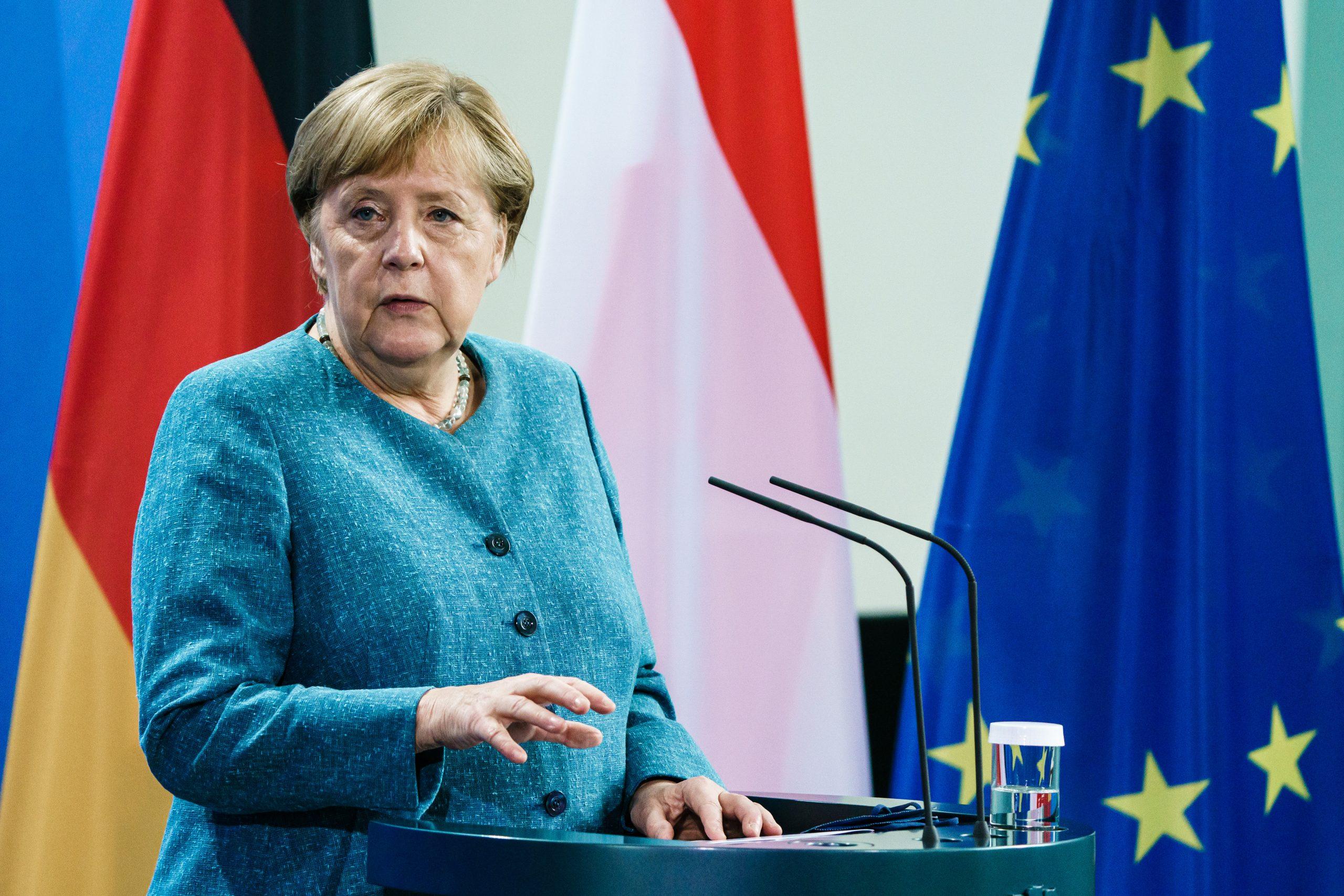 """Merkel attackiert Scholz: """"Ein gewaltiger Unterschied zwischen mir und ihm"""""""