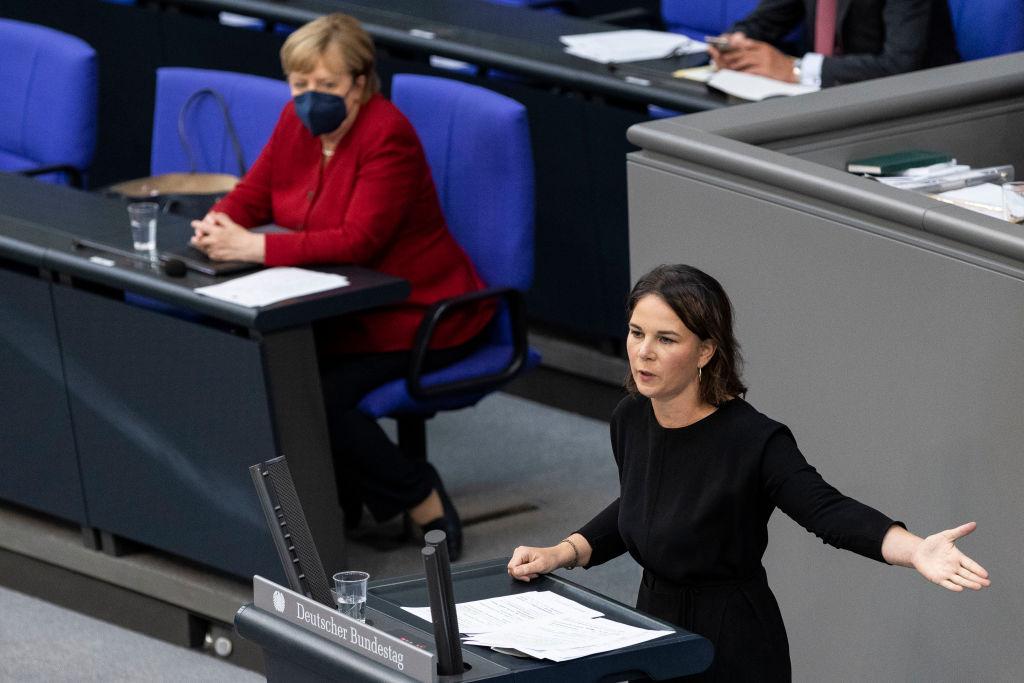 Grüne und SPD kritisieren Enthaltung der Linken bei Afghanistan-Votum