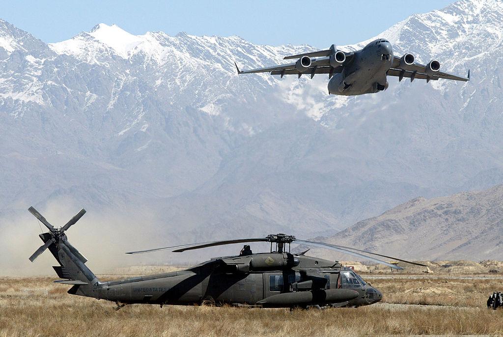 US-Militärflugzeug transportierte 823 Afghanen – Ramstein wird Afghanistan-Drehkreuz