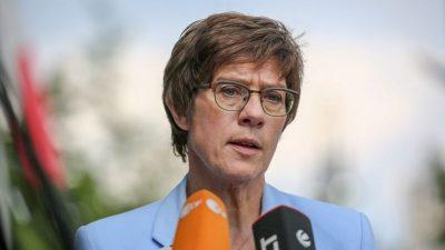 AKK stellt Bundeswehr-Einsatz in Mali infrage
