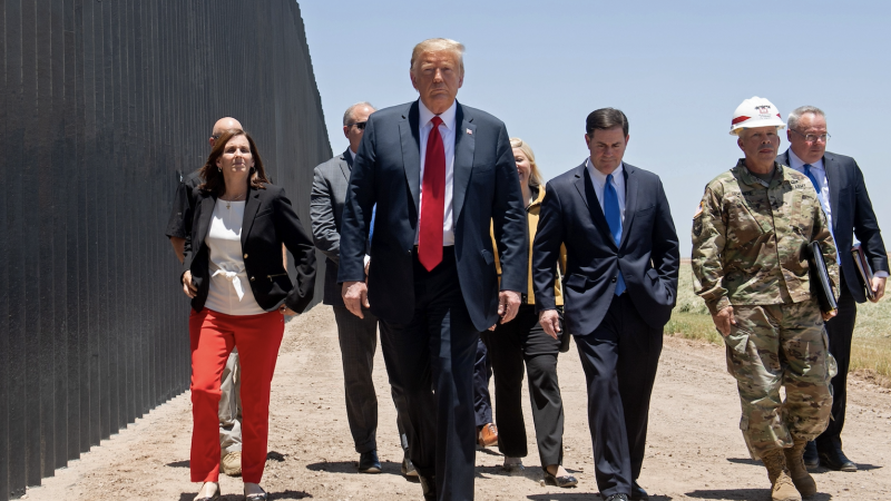 "USA: Rückkehr zu Trumps ""Bleib in Mexico""-Politik"