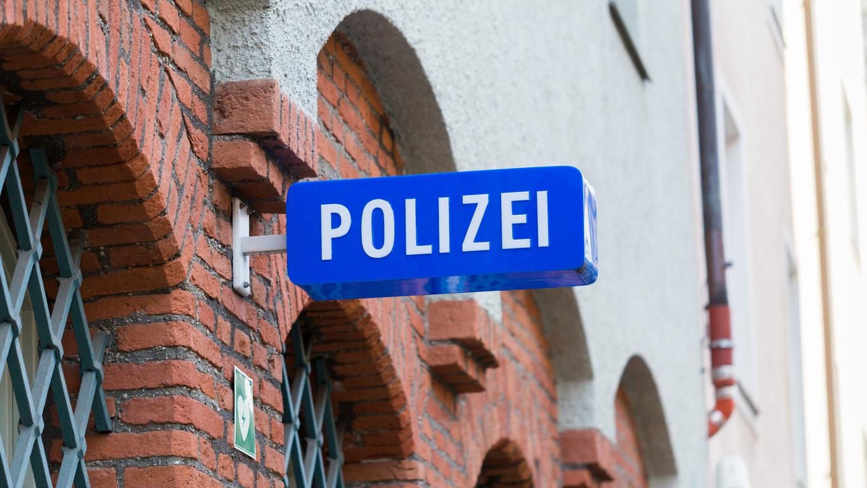 Nach Sexdelikt gegen Kind: Großclan will Täter aus Polizeirevier befreien
