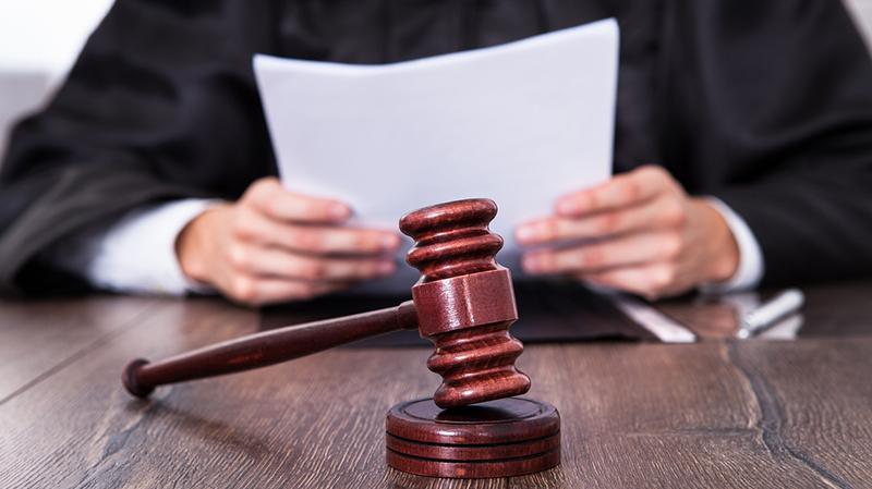 4.000 Dateien: Hoher Richter besorgt sich Kinderpornos aus Strafakten