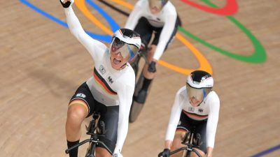 Bahnrad-Vierer der Frauen fährt Weltrekord