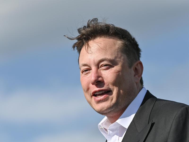 """Elon Musk in Brandenburg: """"Entspanntes abendliches Treffen"""""""