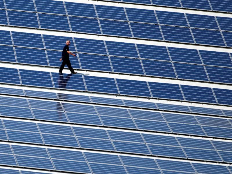 Kommunen fordern 100 000 Solardächer für öffentliche Gebäude