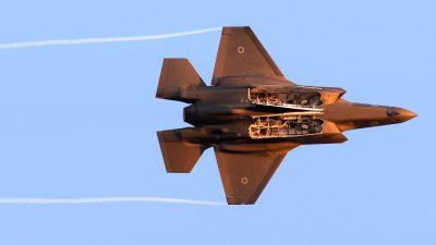 Israel fliegt Luftangriffe auf Gazastreifen