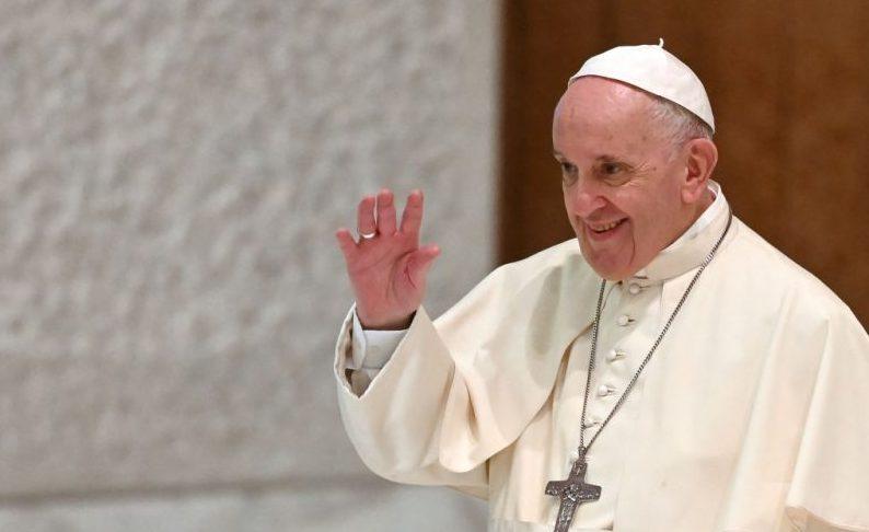 """""""Fehler ohne Absicht"""" – Papst lehnt Rücktritt von Hamburger Erzbischof Heße ab"""