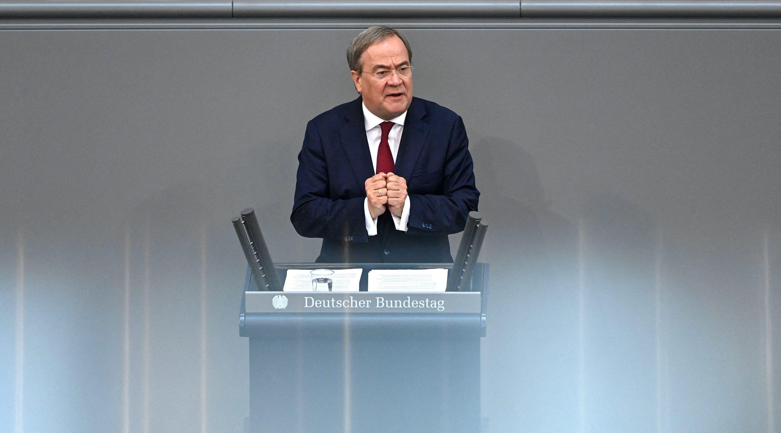 Laschet nutzt Auftritt im Bundestag zum Rundumschlag gegen SPD und Grüne