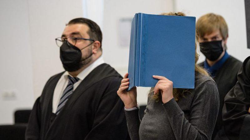 Prozess gegen mutmaßliche Linksextremisten in Dresden gestartet