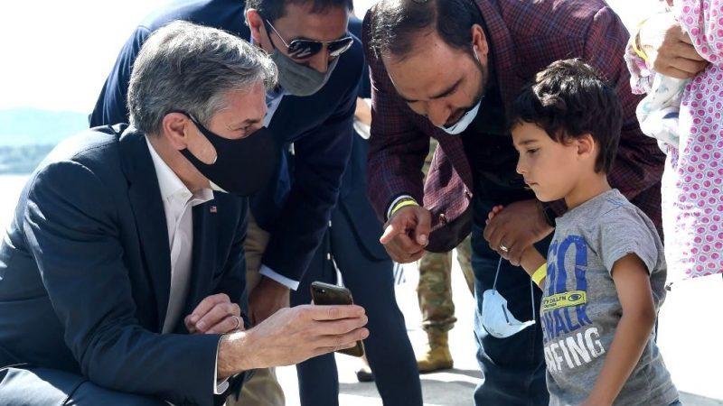 Rund 11.000 Afghanen in Ramstein – US-Außenminister trifft Maas in Deutschland