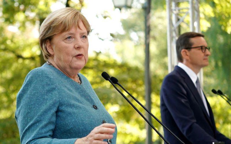 """Merkel wirft Belarus vor """"hybride Attacken gegen wehrlose Menschen"""" zu nutzen"""