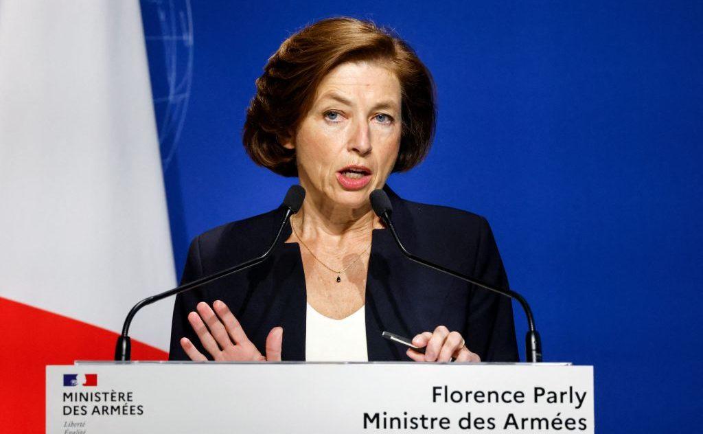 Frankreichs Verteidigungsministerin warnt in Mali vor Einsatz von Söldnern