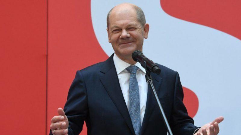 """Scholz will """"so schnell wie möglich"""" eine Regierung mit Grünen und FDP bilden"""