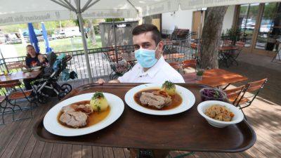 """""""Heftige Anfeindungen"""" – Gastronomen scheuen 2G aus Sorge vor Konflikten"""