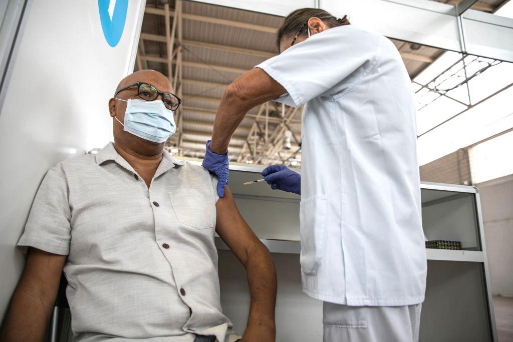 Ungeimpftes Arbeiten in Italien nur mit Test – 3.000 Ungeimpfte in Frankreich freigestellt