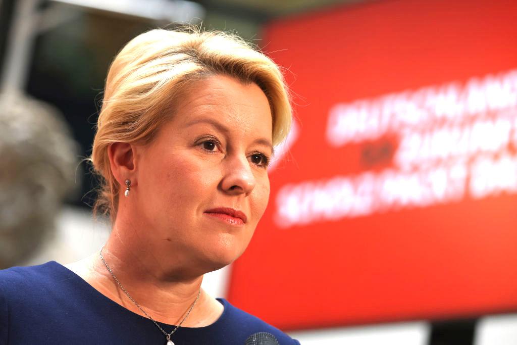 Berliner SPD setzt Sondierungen mit Linker und CDU fort