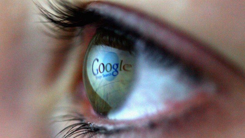 Nawalny wirft Google und Apple Komplizenschaft mit dem Kreml vor