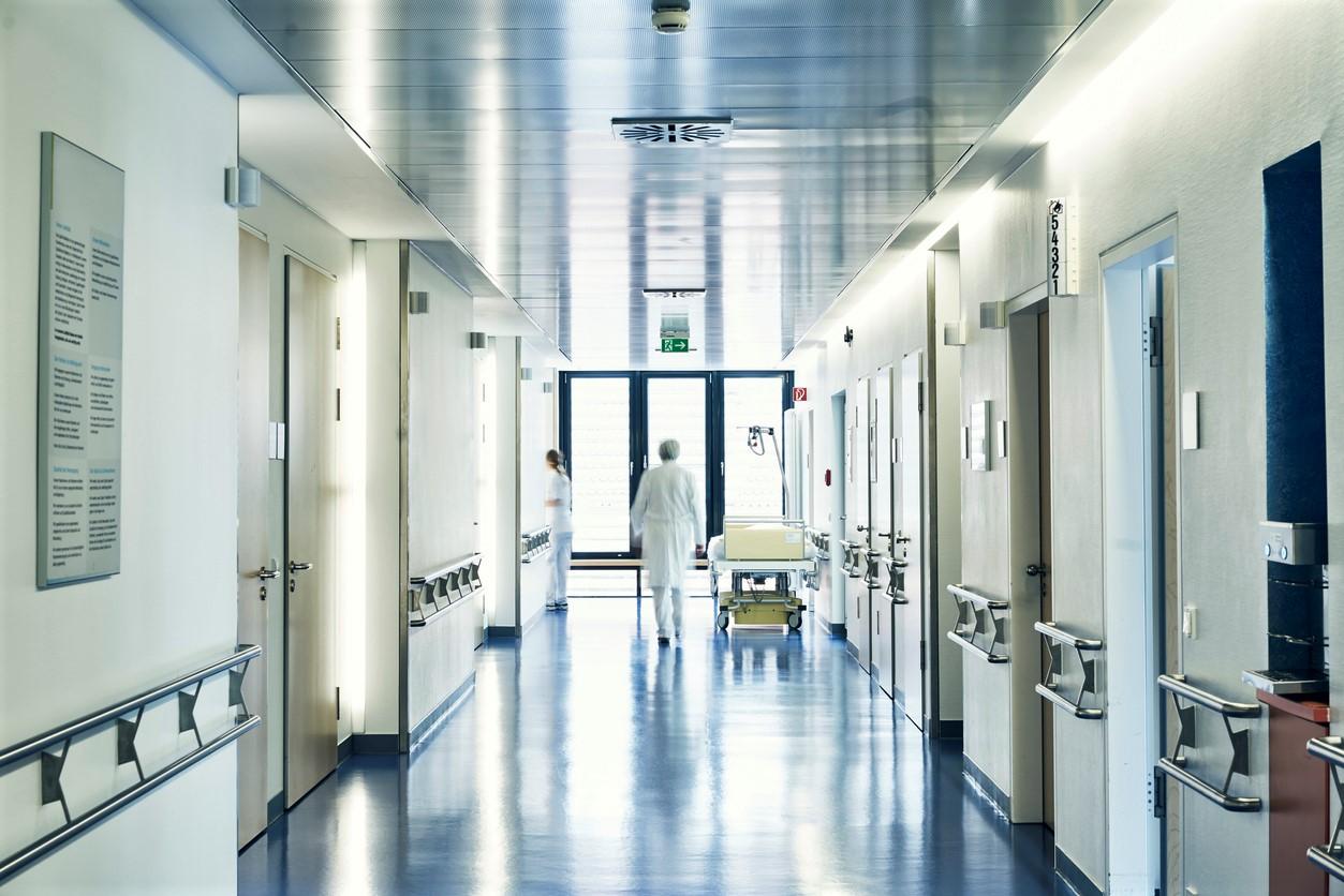 Hospitalisierung als maßgebliche Größe – Auskunftspflicht von Beschäftigten beschlossen