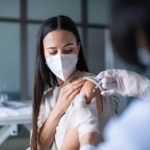 Uni Graz erkennt Impfstoffe ohne EU-Zulassung an