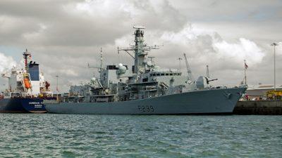 Britisches Kriegsschiff fährt durch umstrittene Wasserstraße vor Taiwan