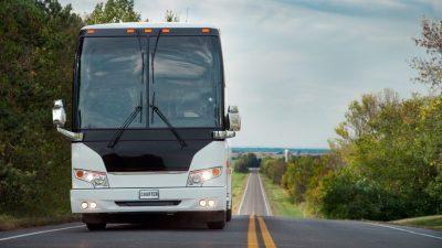 A9 gesperrt – SEK stürmt Bus, Täter festgenommen