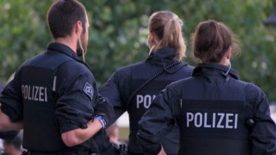 NS-Verfahren in Itzehoe: Angeklagte 96-Jährige nach Flucht festgenommen