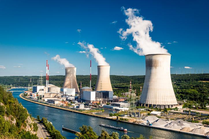 Gesamtmetall: Nicht in anderen Ländern Atom- und Kohlestrom teuer einkaufen