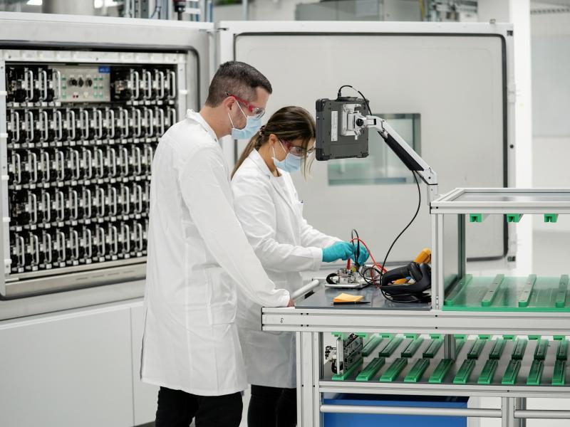 VW startet Batterie-Labor für E-Autos in Salzgitter
