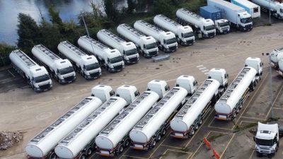 Benzinkrise: Britische Soldaten fahren jetzt Tanklastwagen