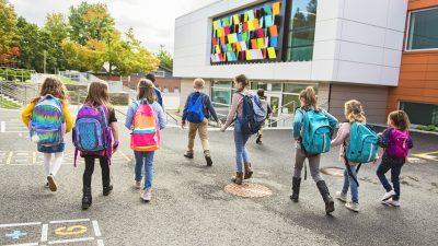 Maskenpflicht in NRW-Schulen soll ab November weitgehend fallen