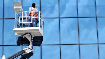 Bundesweit werden 1,2 Millionen Arbeitskräfte gesucht