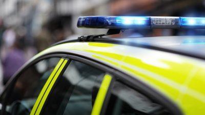 Tory-Abgeordneter nach Messerattacke gestorben – 25-Jähriger festgenommen